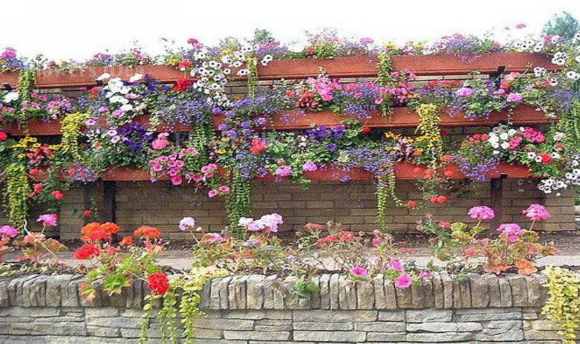 Hanging Flower Beds